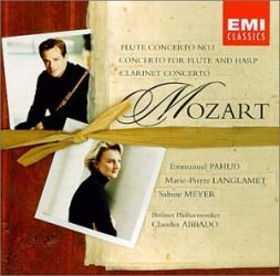 Sabine Meyer - Mozart Clarinet Concerto, Debussy Premiere Rhapsody