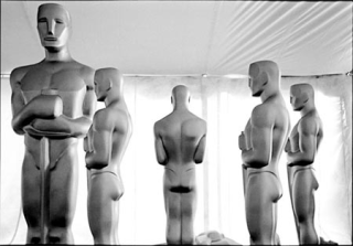 Oscar-statues-awards
