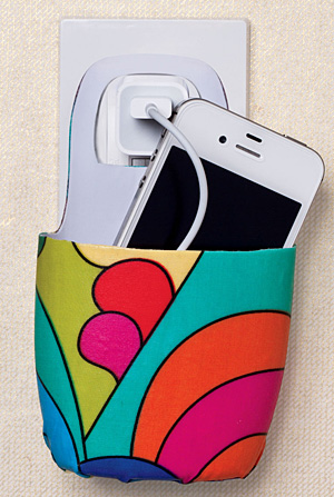 Plastic bottle cellphone holder