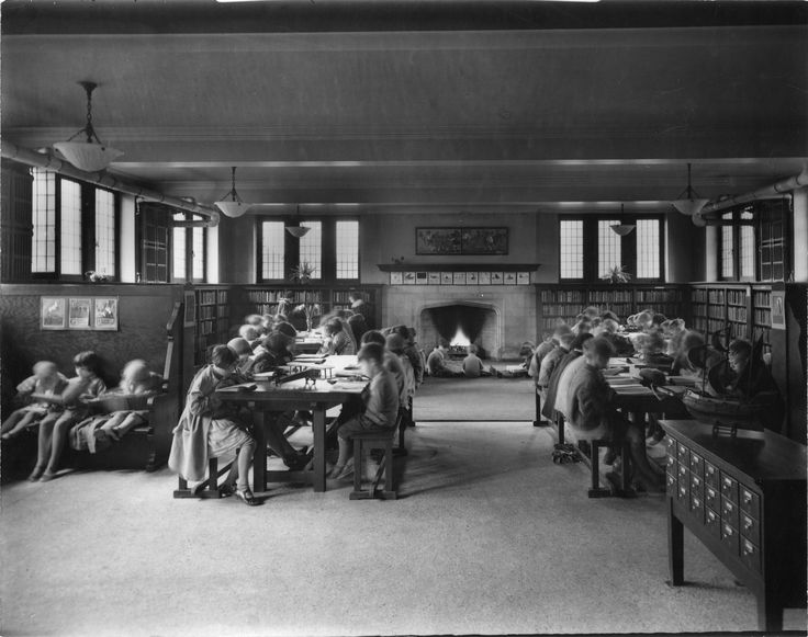 Wychwood Branch Library vintage phioto 1927 Wychwood children's room.