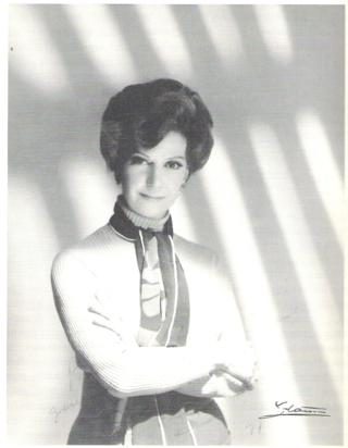 La madurez de Conchita Montes, en espléndida foto de Vicente Ibáñez