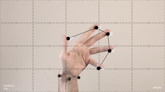 Ejercicios de medición sobre el movimiento amanerado de las manos de Manuel Arregi en la Galería Espacio Mínimo de Madrid