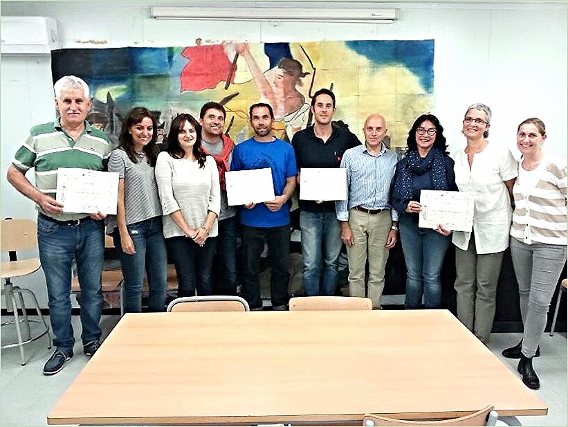 Colaboración entre el profesorado y los agentes sociales del entorno (empresarios, representantes del Ayuntamiento...) Instituto Público de Educación Secundaria de Sils