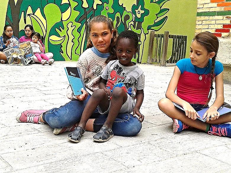 Estudiantes del Colegio San José Obrero / Banco imágenes Proyecto lingüístico del centro