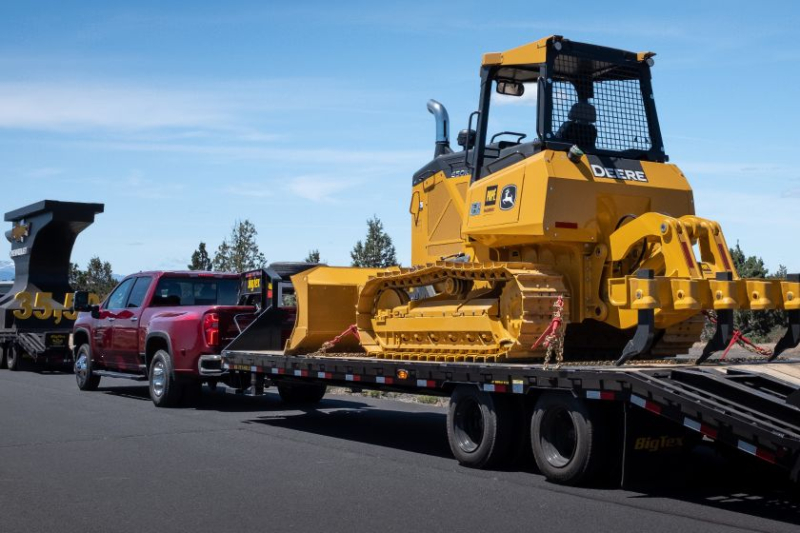 2020 Chevrolet Silverado 3500 Towing Heavy Equipment