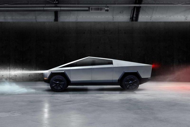 Tesla Cybertruck Side Profile