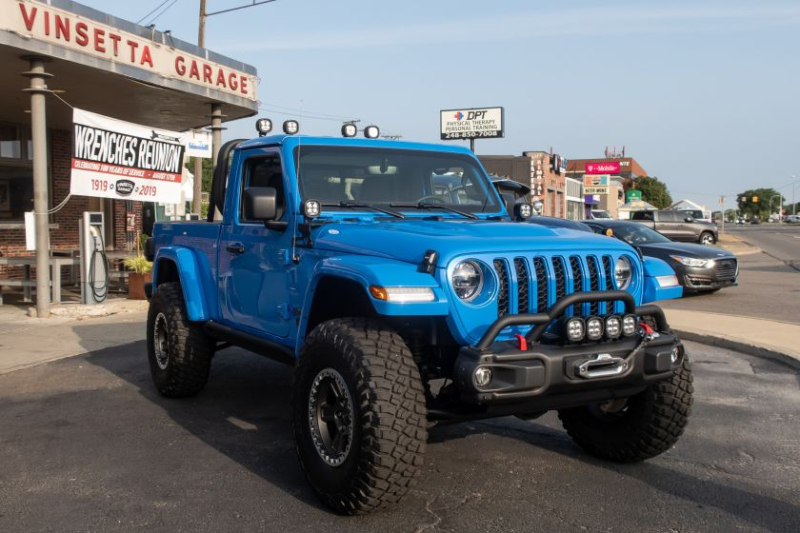 Jeep J6 Concept Front Angle