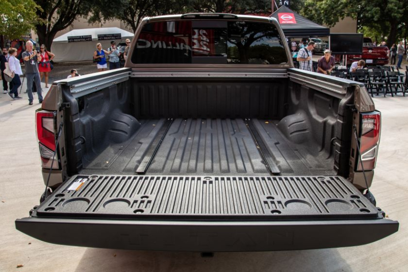 2020 Nissan Titan Pro-4X Bed With Tailgate Down