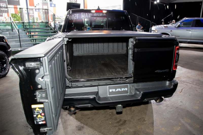 2020 Ram 1500 Limited Black Edition Tailgate