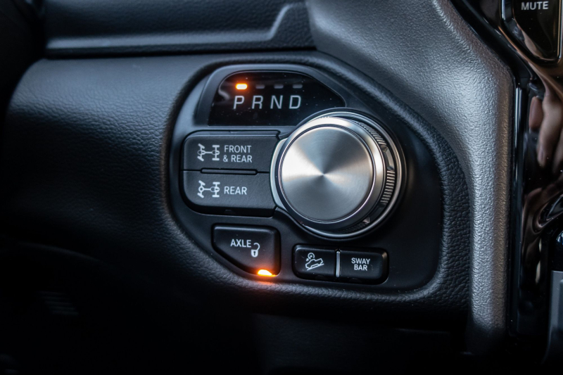 2020 Ram 2500 Power Wagon Controls