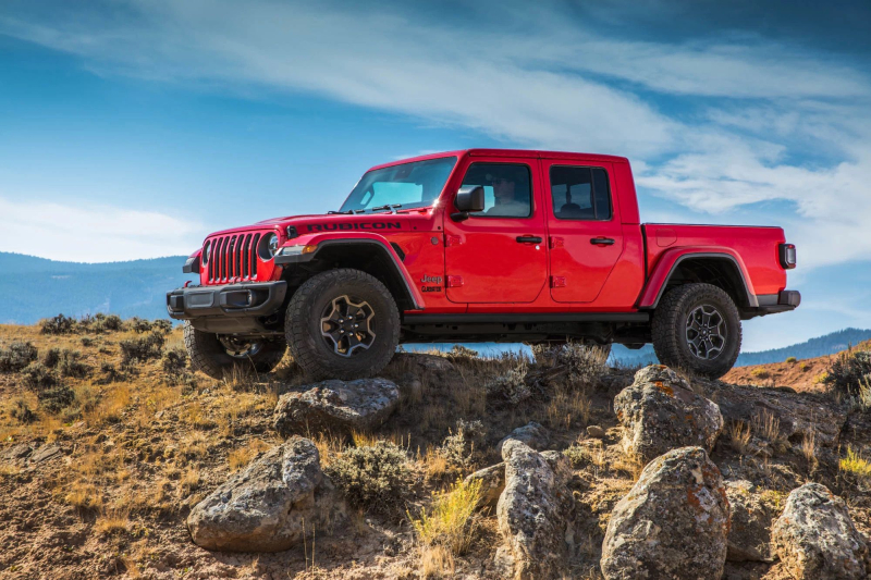 2021 jeep gladiator diesel arriving soon with 442 pounds