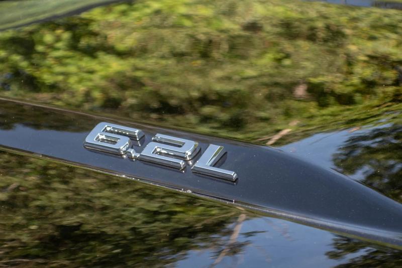2020 Chevrolet Silverado 1500 6.2-Liter Engine Badge