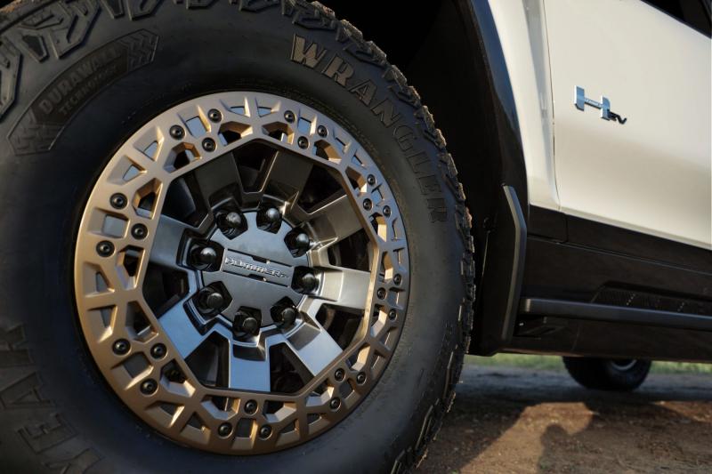 2022 GMC Hummer EV Tires