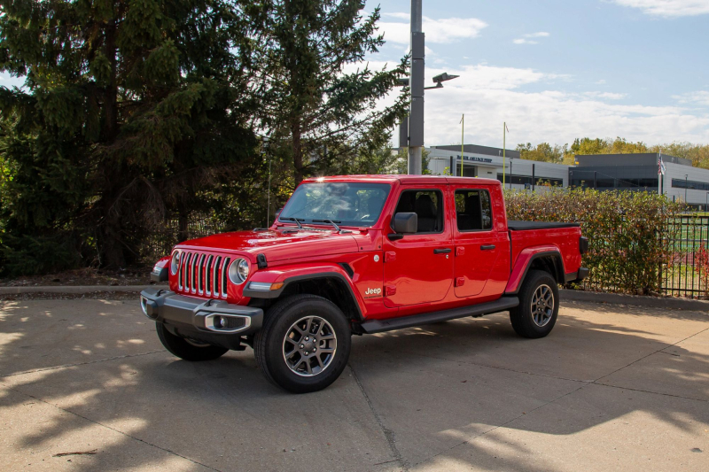 2021 Jeep Gladiator Overland EcoDiesel Side Profile