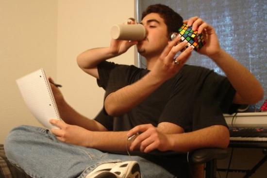 La multitarea es casi una caricatura de la tarea