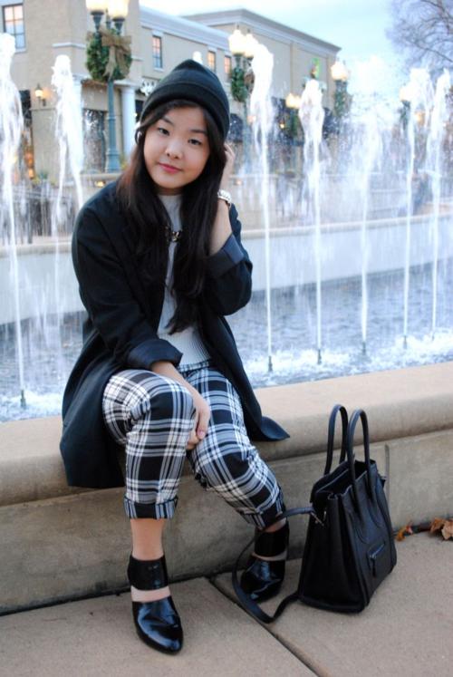 plaid-pants-black-beanie