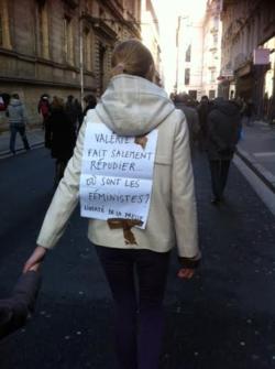 L - Une inconnue à Lyon
