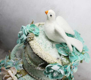 Dove cake 2
