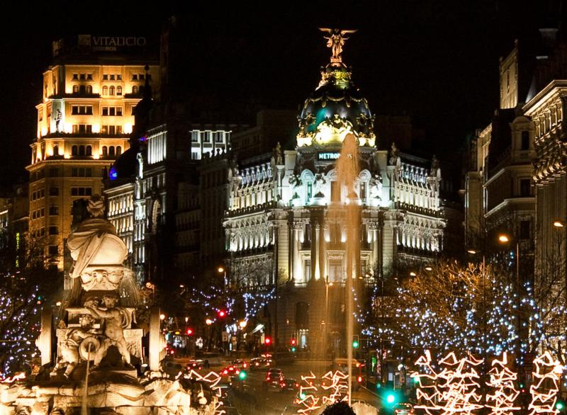 1200px-Plaza_de_Cibeles_(Madrid)_12