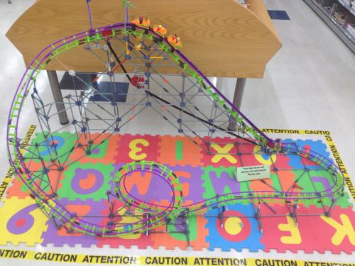 K'Nex Screamin' Serpent Roller Coaster configured in a different way.