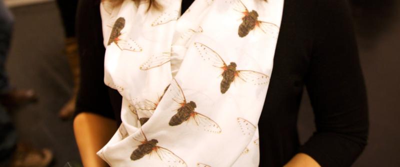 cicada scarf printed on silk crepe de chine